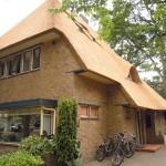 rietdekker Apeldoorn_Nieuw rieten dak - villa Apeldoorn aug 04